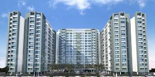 Between Thane and Navi Mumbai which region is better for investing in real estate?